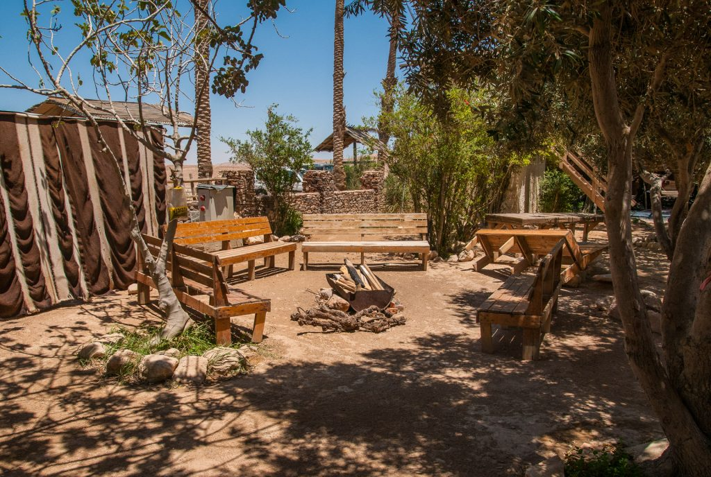 לינה במדבר בכפר הנוקדים